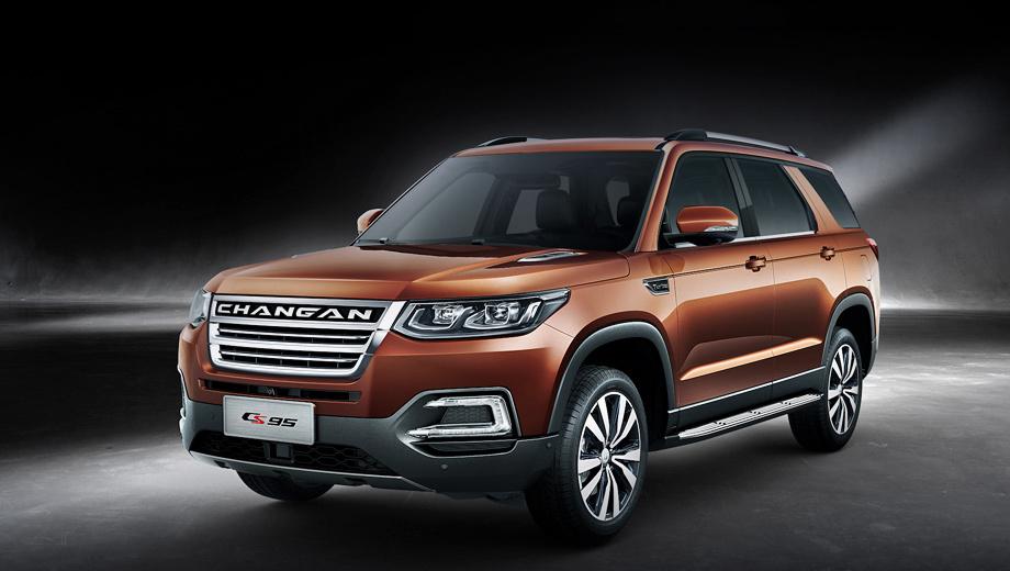 Changan cs95. Будучи новой моделью, семиместный Changan CS95 вышел на рынок КНР в начале 2017-го и звёзд с неба не хватает. Результат прошлого года — 20 912 машин. Сейчас в среднем расходится тысяча штук в месяц по ценам от 159 800 юаней (1,5 млн рублей).