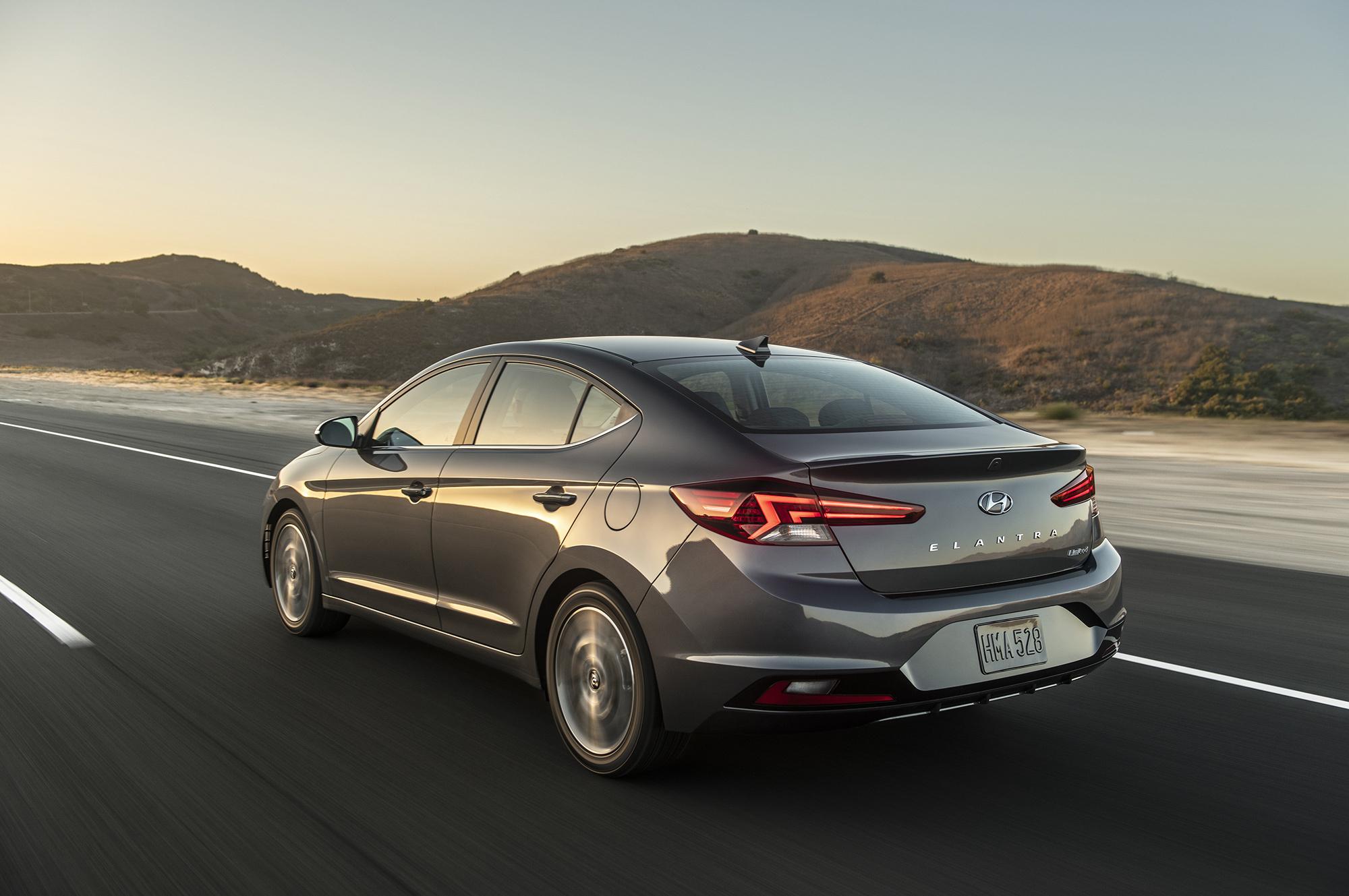Новый Hyundai Elantra 2019 модельного года рекомендации