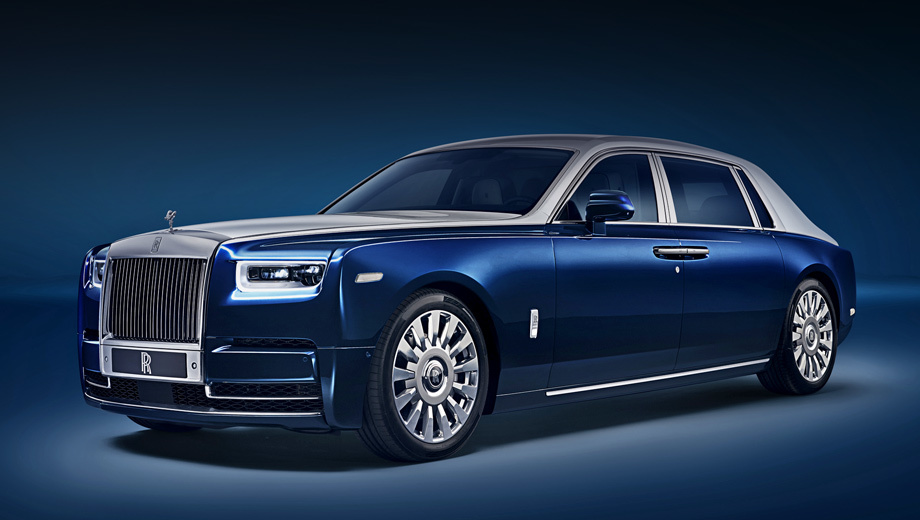 Rollsroyce phantom,Rollsroyce phantom privacy. Напомним, что седан выпускается в стандартной (5762 мм) и удлинённой (5962) версиях. Мотор тут один: V12 6.75 с двумя турбокомпрессорами (571 л.с., 900 Н•м). На российском рынке начальная цена Фантома составляет 36 500 000 рублей.