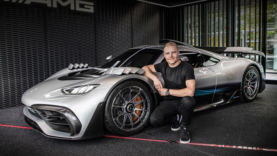 Mercedes project one,Mercedes one. Пилот команды Формулы-1 Mercedes-AMG Petronas Валттери Боттас живо интересуется развитием эксклюзивной модели, и, видимо, это не праздный интерес. Кстати, покупатели давно найдены на все 275 намеченных к выпуску машин. Цена каждой — 2,27 млн евро.