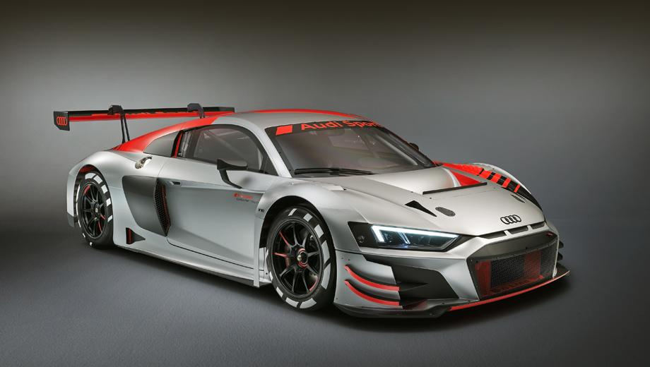 Audi r8,Audi r8 lms. Автомобиль был показан на Парижском автосалоне наряду с другими новинками, такими как A1 Sportback, Q3, SQ2 и e-tron.