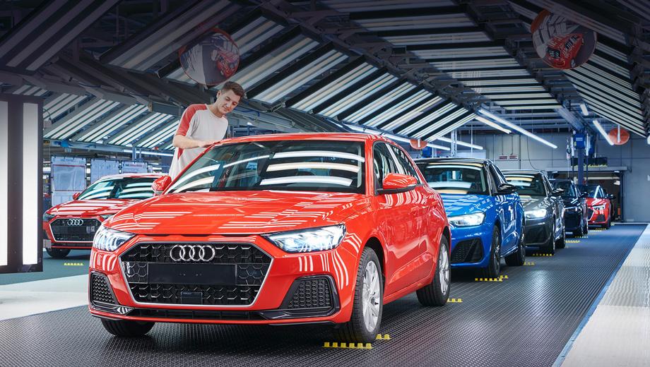 Audi a1. «Второй» Audi A1 собирают в две смены на обновлённой третьей линии. Фирма SEAT подчёркивает, что принимала непосредственное участие в разработке новой «единички» и подготовила высококвалифицированных сотрудников.