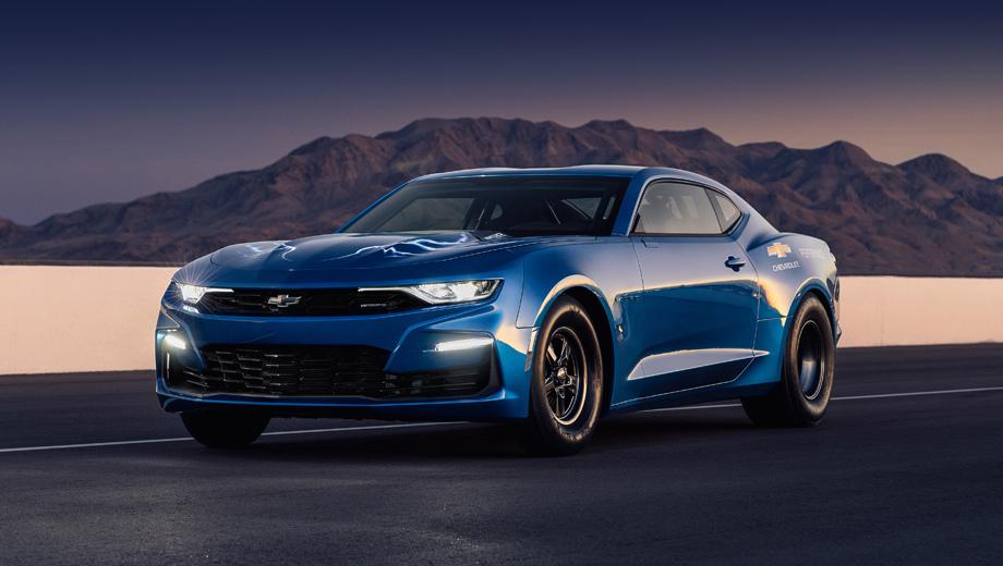 Chevrolet camaro,Chevrolet ecopo camaro,Chevrolet copo camaro. Экзотический батарейный COPO в цвете Electric Blue является результатом совместной работы General Motors и команды Hancock and Lane Racing, одним из пионеров в электрическом дрэг-рейсинге.