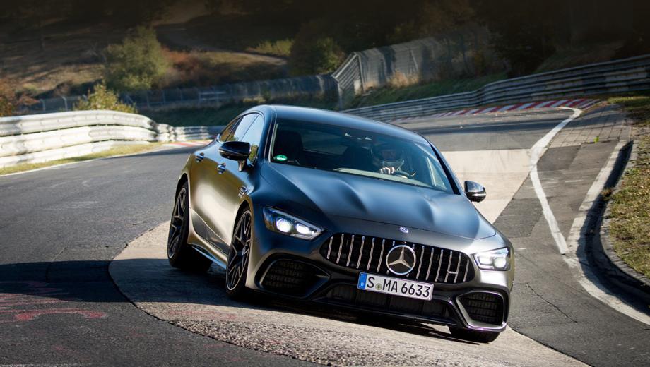 Mercedes amg gt. Автомобиль в заезде использовался полностью стандартный, с опциями, которые доступны покупателям, в частности, шинами Michelin Pilot Sport Cup2. Другие важные особенности: полноуправляемое шасси и задний дифференциал с электронной блокировкой.