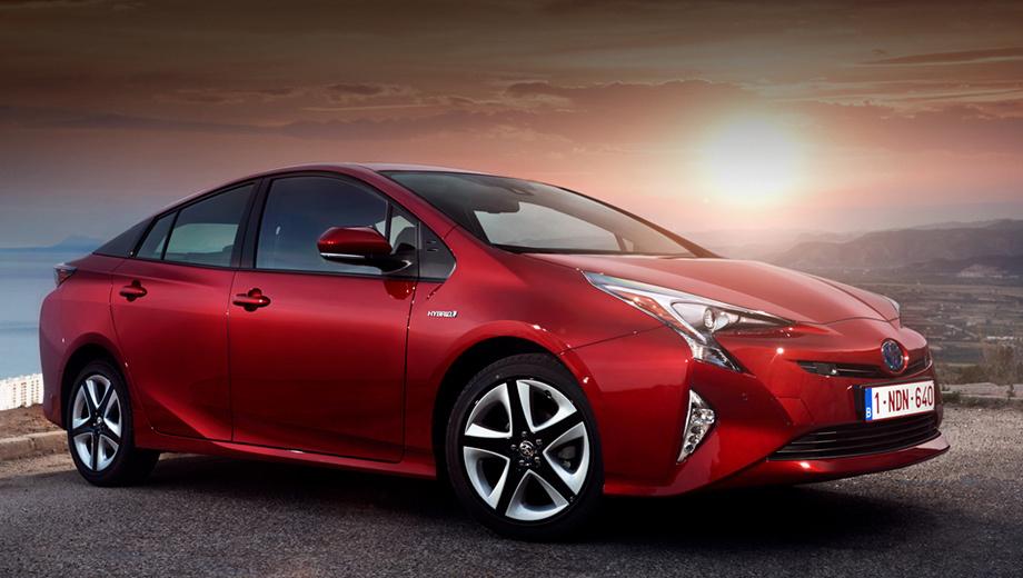 Toyota prius,Toyota c-hr. Нынешняя акция для Приуса одна из самых масштабных, но не крупнейшая. К примеру, в 2016 году Toyota отозвала 2,87 млн автомобилей, включая Prius, из-за риска утечки топлива. Но с кампаниями по подушкам безопасности Takata пока ничто не сравнится.