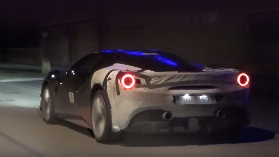 Ferrari 488 gtb,Ferrari dino,Ferrari 488 hybrid. По данным издания autoevolution.com, итальянцы работают над гибридной системой на основе мотора V6, которая может быть в каком-либо виде показана уже в 2019-м (например, в недрах концепта). Это не исключает и построение гибрида на базе наддувной «восьмёрки».