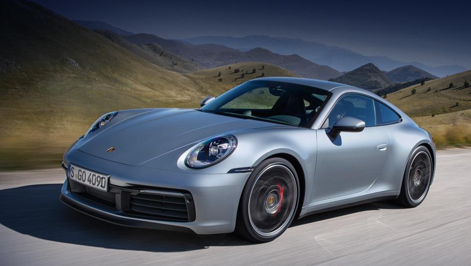 Porsche 911. Новое купе на 20 мм длиннее прежнего (4519 мм), шире (спереди — на 45 мм), а вот база (2450 мм) не изменилась. В конфигураторе отсутствует «механика», зато электронноуправляемая блокировка дифференциала — в «базе». Наконец-то тут человеческие боковые зеркала.