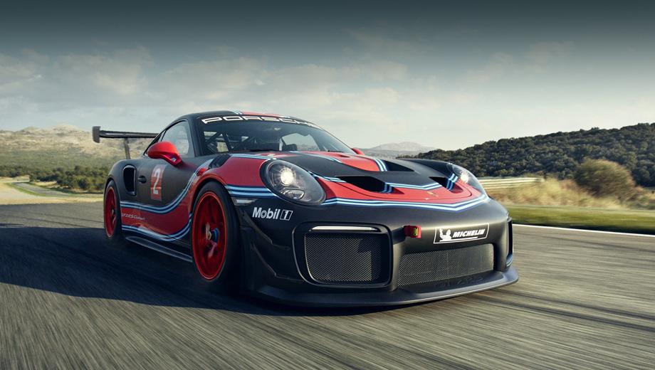 Porsche 911,Porsche 911 gt2 rs clubsport. Даже в гражданском купе 911 GT2 RS бывает каркас в салоне (опция), но болтовой. А здесь каркас уже вварной. Буксирные петли спереди и сзади, двойные крылышки-канарды по углам бампера намекают, что перед нами далеко не простая вариация GT2.