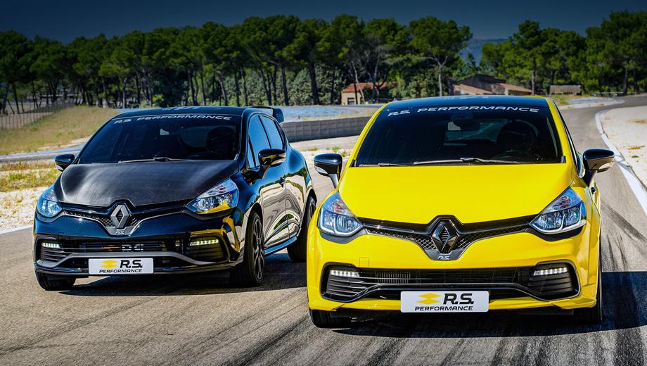 Renault clio rs. Углепластиковый капот, как на Clio слева, стоит 1800 евро. Спойлер на крышку багажника обойдётся в 1249. Дорого, зато всё фирменное, сертифицированное. Самое доступное в коллекции R.S. — шариковая ручка за 3,5 евро.