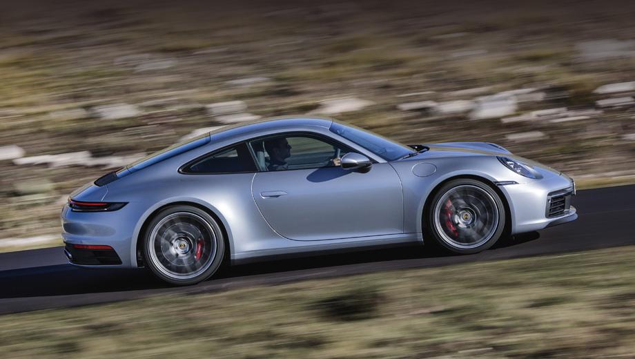 Porsche 911. Пока 911-й представлен версиями Carrera S и 4S с оппозитной турбошестёркой 3.0 на 450 л.с. и 530 Н•м.