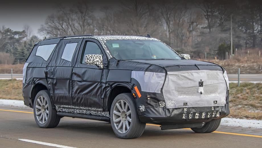 Cadillac escalade. Квадратно-монументальный профиль сохранён, хотя основа теперь полностью другая: платформа Т1XX, дебютировавшая на пикапе Chevrolet Silverado в январе. Правда, у вседорожника найдутся отличия в подвесках.