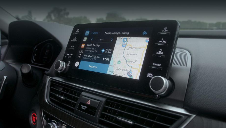 Honda passport. Удобное меню с весьма разнообразными разделами, от навигации до приобретения товаров и услуг через экран мультимедийки, — основная идея проекта. Его внедрение на серийных машинах будет постепенным, пока система носит статус прототипа.