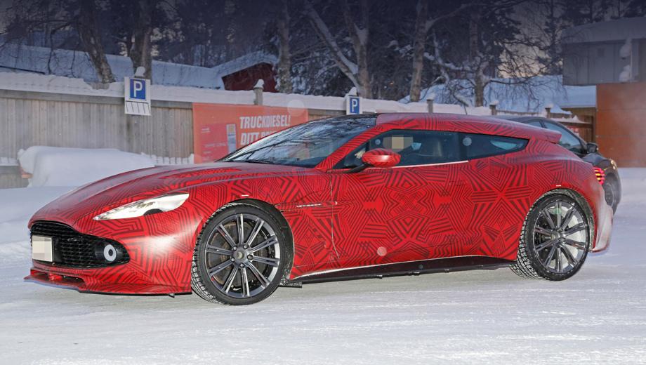 Компания Aston Martin вывела на тесты странный прототип