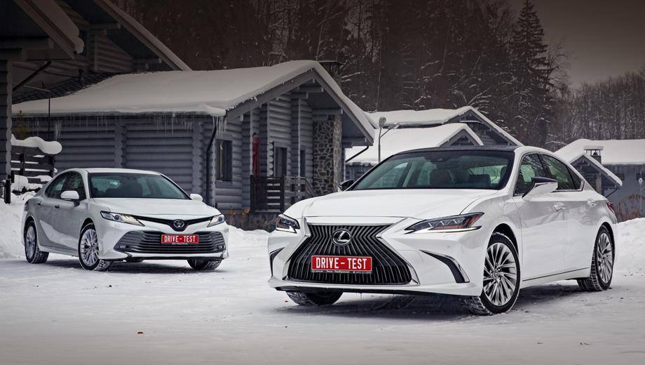 Lexus es,Toyota camry. Цены на ES начинаются от 2,69 млн за двухлитровый ES 200 (150 л.с.). Более востребованный ES 250 (2.5, 200 сил) на 79 000 дороже. Camry гораздо доступнее (от 1,57 млн за 2.0), а топ-версия с V6 (249 л.с.) за 2,5 млн дешевле базового Лексуса.