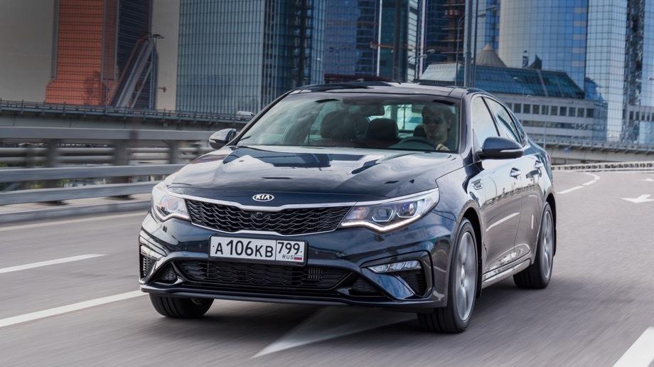 Hyundai santa fe,Kia optima. В «расстрельном списке» KIA наибольшее количество экземпляров у седана Optima (2011–2018 модельных годов) — 939 655. Следом идёт Sorento (2012–2018) — 425 662, а за ним Sportage (2011–2018) — 312 323.