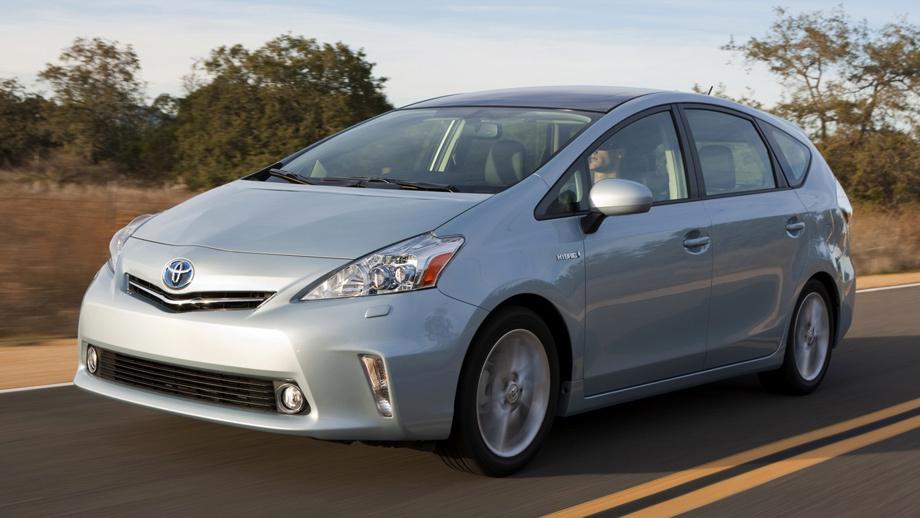 Гибриды Toyota Prius отозваны из-за дефектного софта