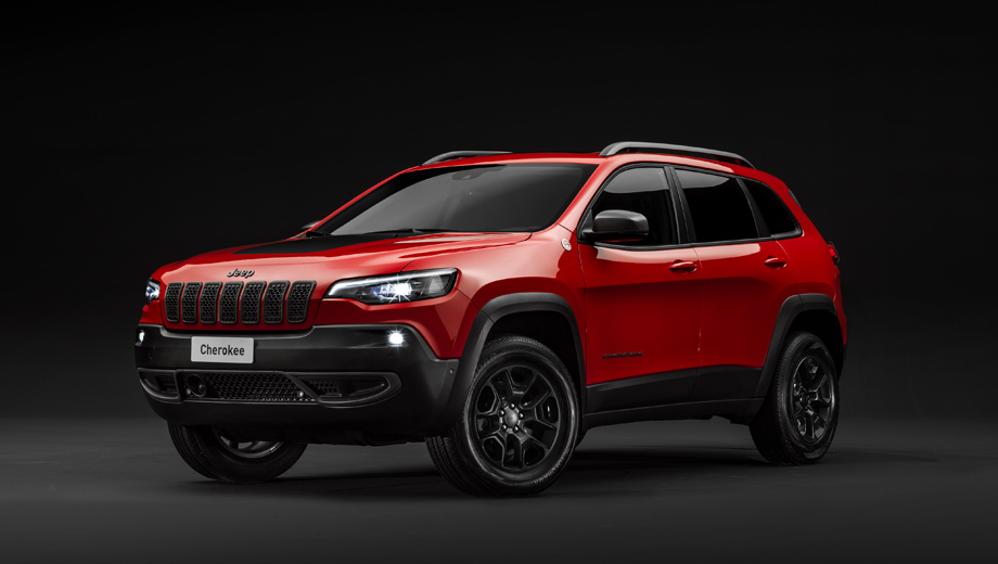 Jeep renegade,Jeep grand cherokee,Jeep cherokee,Jeep compass. Вместе с Cherokee Trailhawk в Европе дебютирует 270-сильная бензиновая турбочетвёрка 2.0 (400 Н•м), совмещённая с девятидиапазонным «автоматом». До сих пор новый Cherokee в Старом Свете довольствовался турбодизелем 2.2 (195 л.с., 450 Н•м).