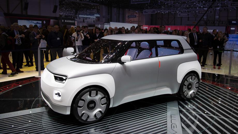 Fiat centoventi,Fiat concept. Машинка в теории может рассматриваться как намёк на следующее поколение хэтчбека Fiat Panda, пребывающего в третьей генерации с 2011 года. Размеры концепта поддерживают эту версию: длина — 3680 мм, ширина (с боковыми зеркалами/без) — 1740/1846, высота — 1527, колёсная база — 2430 мм.