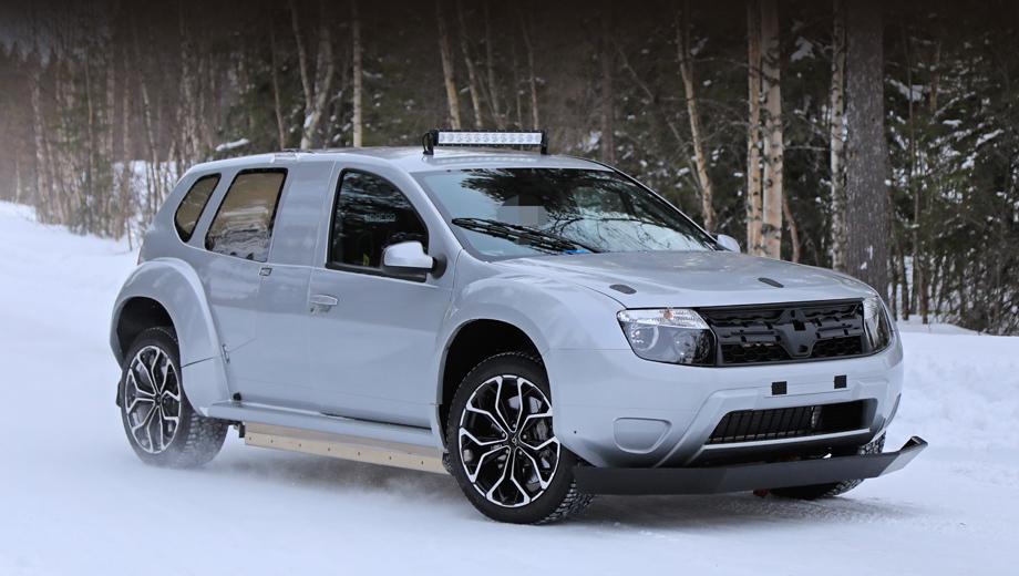 Dacia duster. Быстросъёмные капот и задняя часть кузова сразу говорят о спортивном предназначении прототипа. При ближайшем рассмотрении также обнаруживаются каркас в салоне и гоночные кресла.