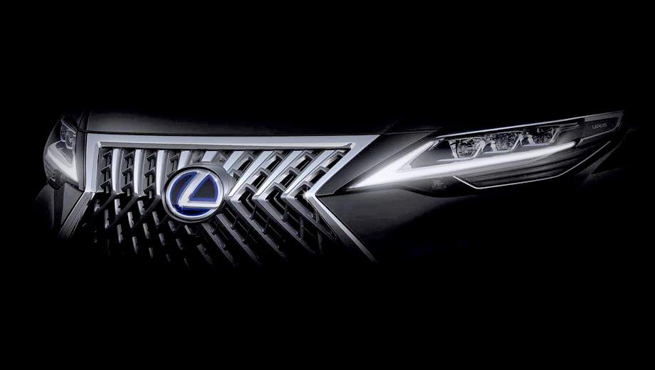 Lexus lm. На первый взгляд, перед нами Lexus LX, но фары у́же и заметно меньше площадь решётки радиатора. В то же время их пропорции не подходят ни одному легковому автомобилю марки.