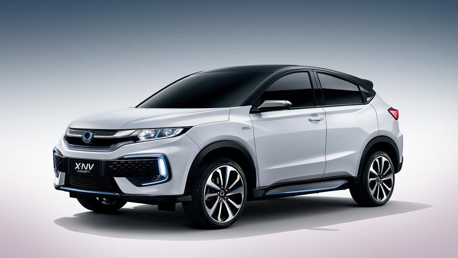 Honda x-nv,Honda concept. Буква X в названии намекает на исходник, «отражает идеалы и бесконечные амбиции», а NV — это New Value, «новая ценность». В ближайшие пять лет предприятие Dongfeng Honda выведет на рынок Китая более десяти электрических моделей. Это самая первая.