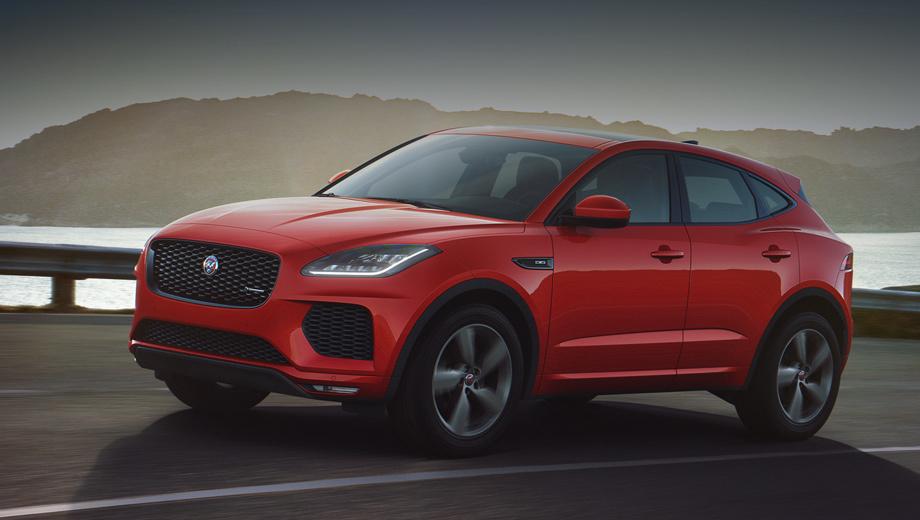 Jaguar e-pace. Намётанный глаз отметит бампер в цвет кузова (у исходного весь низ чёрный). Ещё одна особенность серии — 19-дюймовые колёсные диски с отделкой Satin Dark Grey.