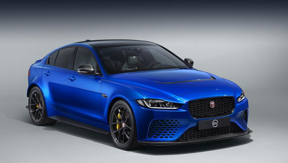 Jaguar xe,Jaguar xe sv project 8. Разработчики называют эту лимитированную вариацию XE коллекционной и особо подчёркивают относительно скромный внешний вид машины, обладающей выдающимися спортивными качествами.