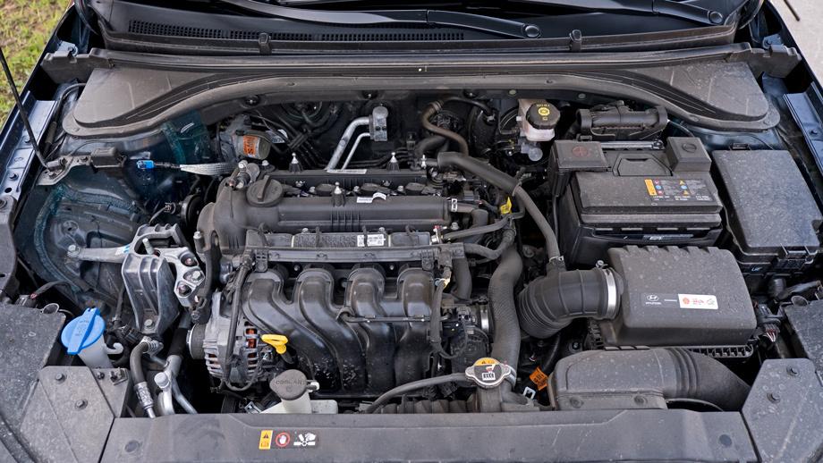 Прицениваемся к седанам Toyota Corolla, Kia Cerato и Hyundai Elantra