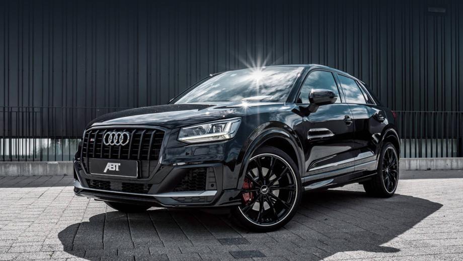 Audi q2,Audi sq2. С внешностью «кушки» бюро ABT особо экспериментировать не стало, но предложило покупателям сразу несколько версий своих колёсных дисков на 19 либо 20 дюймов с разным дизайном спиц, глянцево- или матово-чёрной окраской и с серебристым шлифованным ободком.