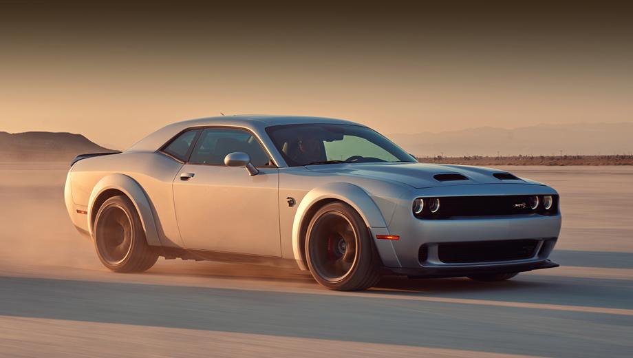 Dodge challenger,Dodge charger. Последняя версия купе, Dodge Challenger Hellcat Redeye, располагает компрессорным мотором V8 Hemi 6.2 на 808 л.с. и 959 Н•м и ускоряется с нуля до 97 км/ч за 3,4 с.