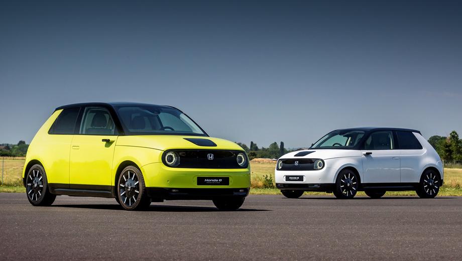 Honda e prototype,Honda e. «Наш электромобиль для тех, кто доволен пробегом около 200 км, — говорит Кохеи Хитоми, руководитель проекта Honda e. — Если клиентам нужен больший запас хода, мы должны признать, что это неподходящая машина». У BMW i3 — 310 км по WLTP, у Peugeot e-208 — 340, у Renault Zoe — 390.