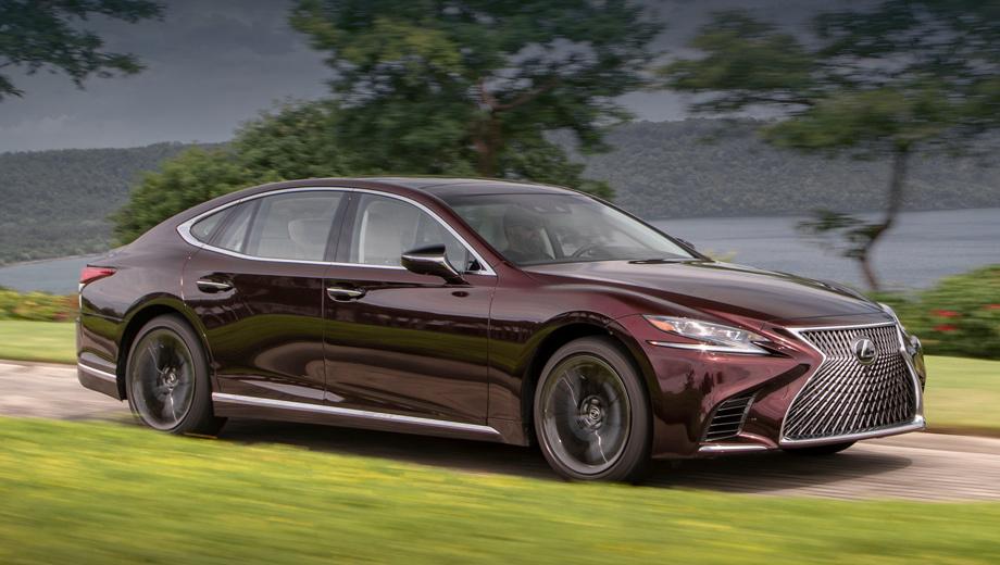 Lexus ls. У нас этот цвет назвали бы «баклажаном». В Америке оттенок обозначен как «насыщенный гранат». У дизайна 20-дюймовых колёс тоже интересное наименование — «чёрный пар» (Black Vapor Chrome).