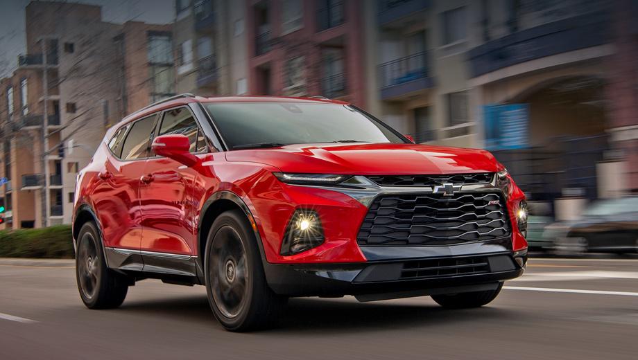 Chevrolet blazer. Blazer вышел на рынок Северной Америки в январе 2019-го с ценами от $29 995 (1,9 млн рублей). За первое полугодие в США реализовано 14 795 машин, в Канаде — 715, в Мексике — 549. Хуже в SUV-сегменте продавались только Honda Passport (14 540 штук) и Mazda CX-9 (11 872).