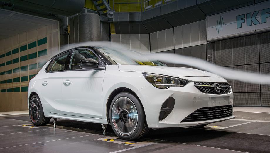 Opel corsa. Оптимизация аэродинамики Корсы производилась в институте автомобилестроения при Штутгартском университете (FKFS). Снижение расхода топлива — промежуточная задача, а главная цель — сокращение выбросов CO2.