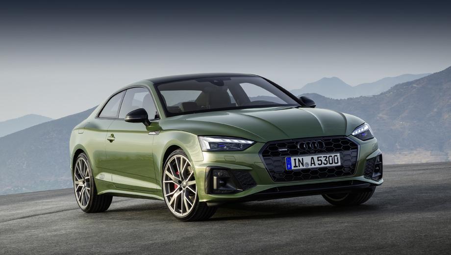 Audi a5,Audi s5. Основные приобретения в экстерьере — это крупные соты вместо горизонтальных планок на решётке радиатора и оптика с новым световым рисунком, в частности пунктирными огнями по верхнему краю фар. Перекроены и оба бампера.
