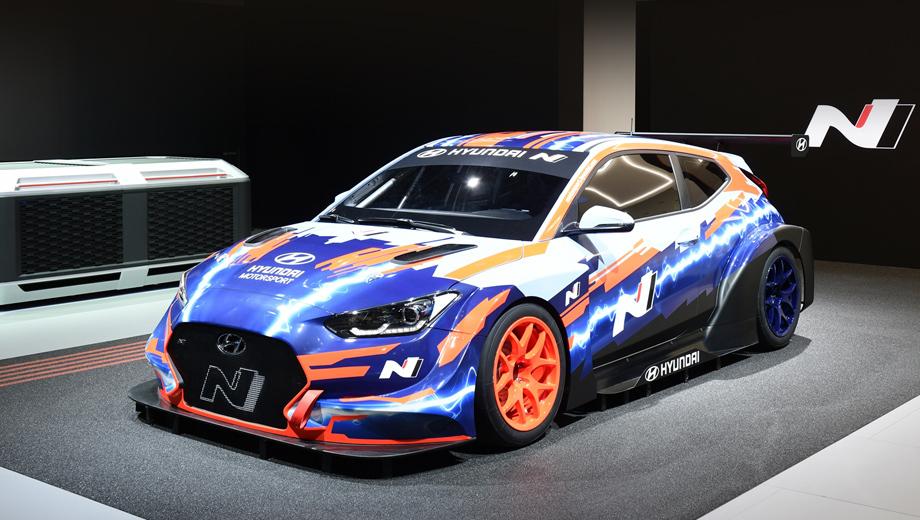 Hyundai veloster,Hyundai veloster n etcr. Построен этот автомобиль в штаб-квартире спортивного отделения Hyundai Motorsport в немецком городе Альценау.