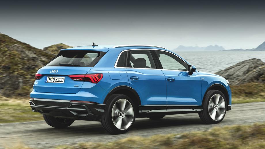 Audi q3. Полноприводные двухлитровые «ку-третьи» появятся в салонах дилеров  в феврале 2020 года. Они заметно проворнее базовых 150-сильных: с нуля до ста разгоняются за 7,4 с против 9,2.