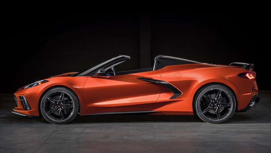Chevrolet corvette. Открытый вариант обойдётся примерно на семь тысяч долларов дороже купе. Цены начинаются с $67 495 (4,4 млн рублей) за комплектацию 1LT, которая и для тарги является базовой.