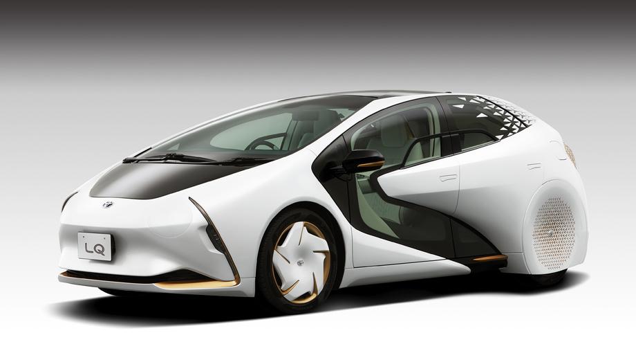 Toyota lq,Toyota concept. Длина, ширина и высота концепта составляют 4530, 1840 и 1480 мм, колёсная база равна 2700 мм, а снаряжённая масса достигает 1680 кг. Запас хода на одной зарядке — около 300 км.