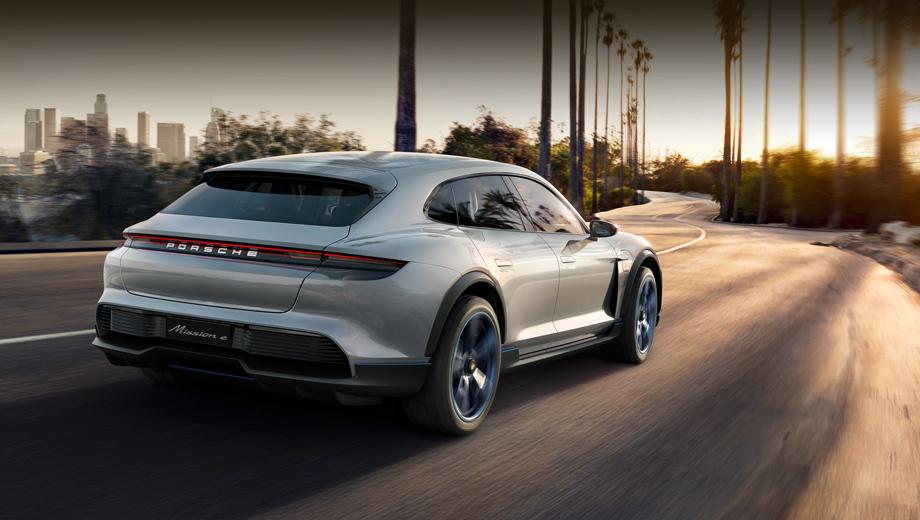 Porsche macan,Porsche taycan. По части техники наиболее близким к следующему Макану следует считать концепт Mission E Cross Turismo, который сам по себе тоже ожидает превращения в серийную машину. Ну а Macan будет покороче и повыше.