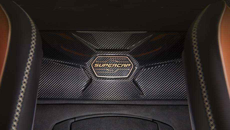 Lamborghini sian,Lamborghini urus. Суперконденсаторы использованы в недавно представленном лимитированном гибридном гиперкаре Sian, но они явно найдут применение и в будущих моделях марки.