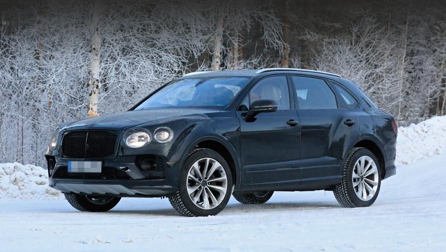 Bentley bentayga. Появление таких соперников, как Rolls-Royce Cullinan и Mercedes-Maybach GLS, должно стимулировать Bentley к модернизации вседорожника. Беспокойство доставляет и Aston Martin DBX.