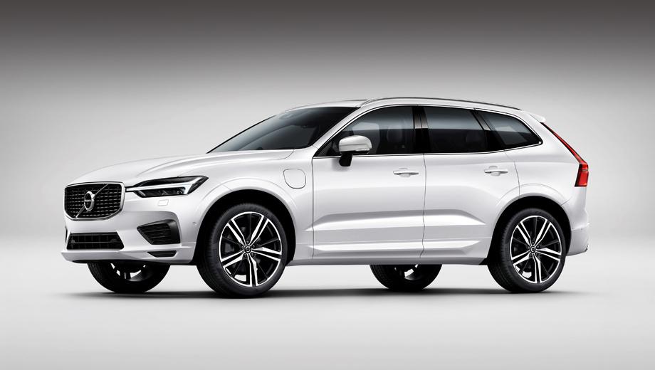 Volvo xc60. Время разгона такой версии с нуля до ста составляет 5,3 с. Средний расход топлива с учётом части пути на электричестве — 2,3 л/100 км. Без запуска ДВС машина может пройти 43 км.