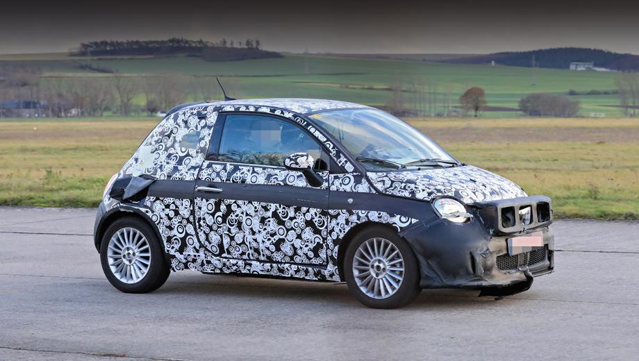 Fiat 500,Fiat 500e. При всей схожести силуэта электрокар 2020 года, вероятно, будет чуть длиннее ныне выпускаемого сити-кара. Разница невелика, сантиметра три.