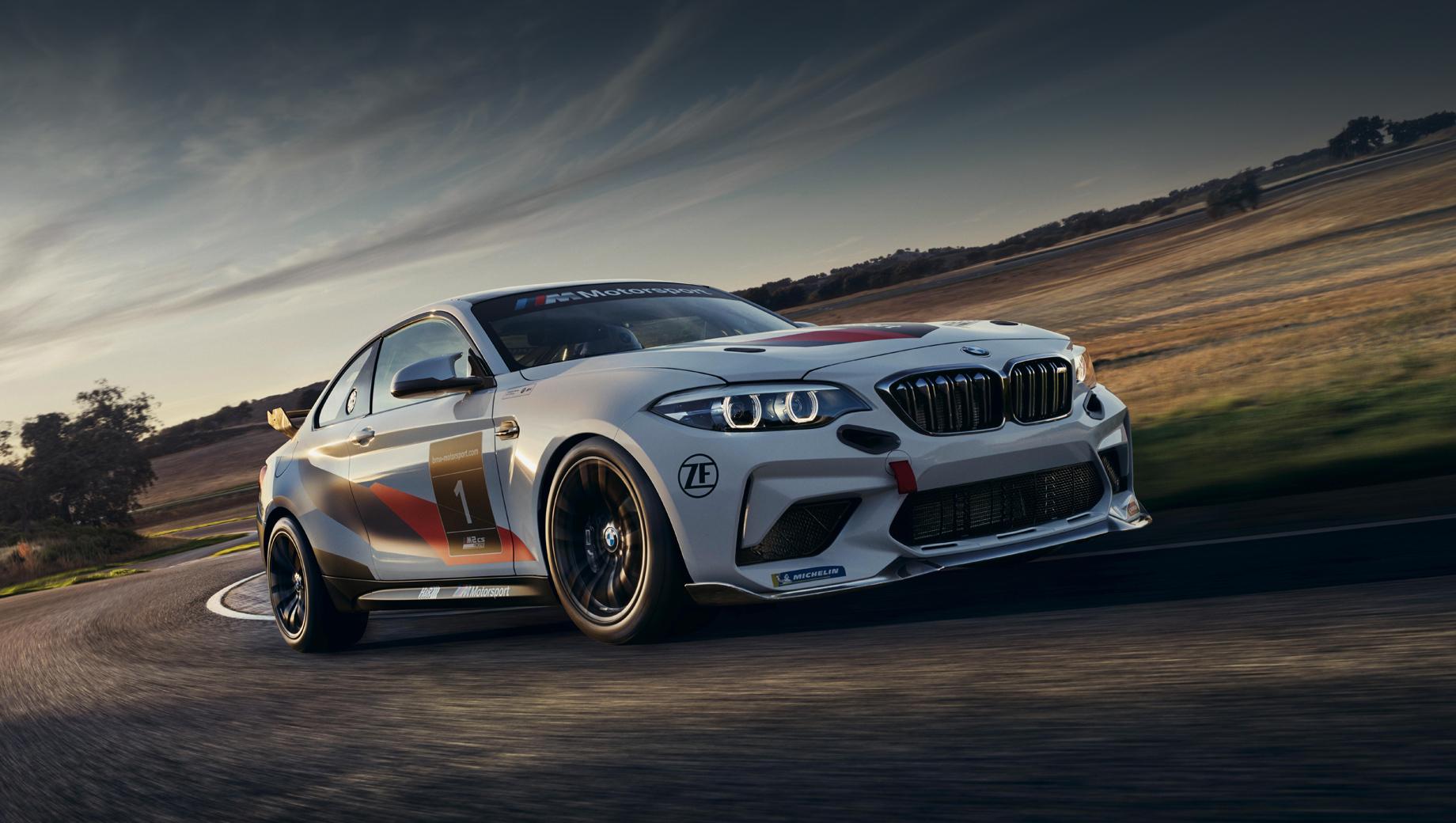 Bmw 2,Bmw m2,Bmw m2 cs racing,Bmw m2 racing. Глава отделения BMW M по маркетингу Томас Фельбермайр заявил: «Северная Америка — самый значительный рынок для BMW M, поэтому для нас было важно показать BMW M2 CS Racing именно в США. С этим автомобилем мы будем представлены не только в классическом автоспорте, но и в сегменте клубных гонок, и в сообществе любителей трек-дней».