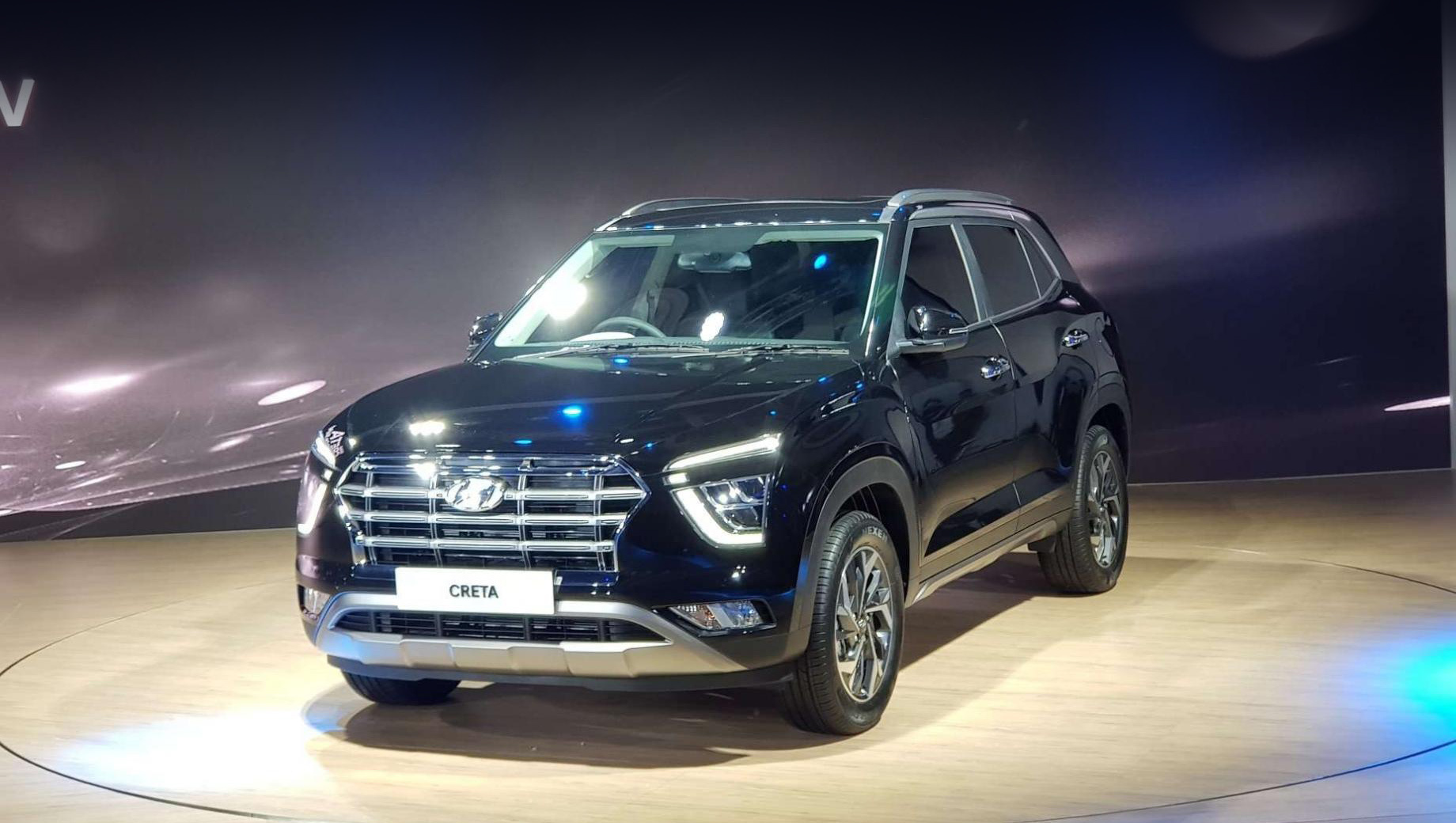 Hyundai creta. В продажу в Индии автомобиль поступит в марте, и цены компания огласит ближе к запуску на рынок.