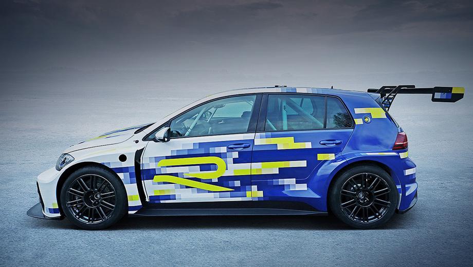 Volkswagen er1. По характерной для автомобилей гоночного класса TCR внешности не скажешь, что на хэтче испытываются технологии для гражданских моделей.