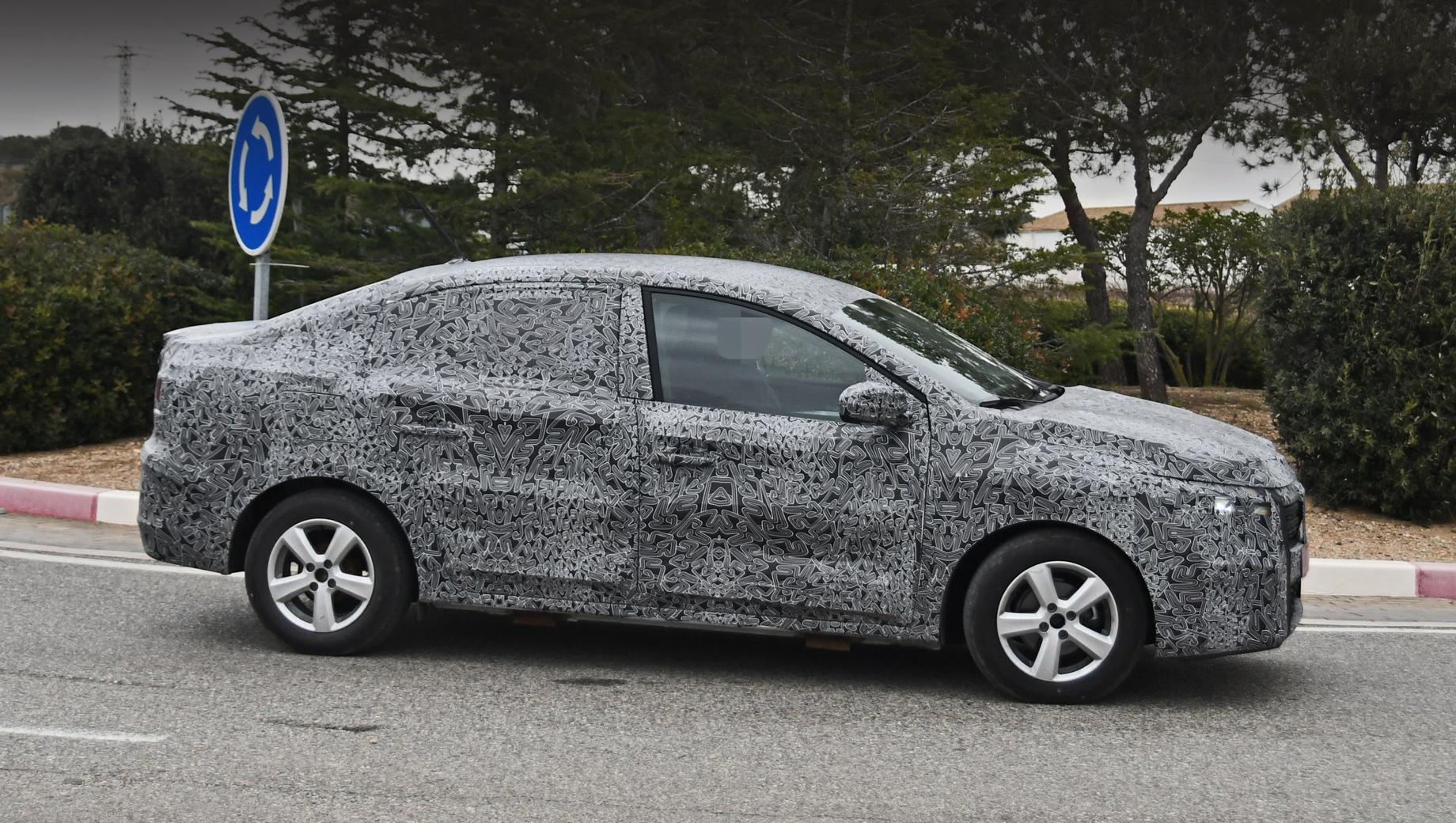 Dacia logan,Dacia sandero,Renault logan,Renault sandero. Судя по прототипу, силуэт нового Логана будет более вытянутым. Может быть, даже пропадёт перемычка на стекле задней двери и появится окошко в стойке. Но пока эти части основательно закамуфлированы.