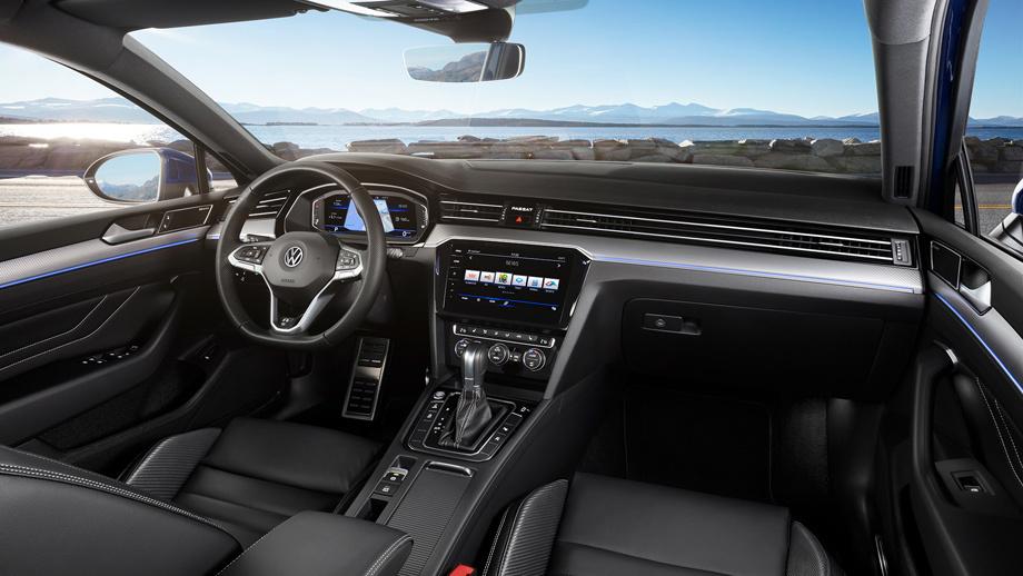 Седан Volkswagen Passat оценён врублях после реформы