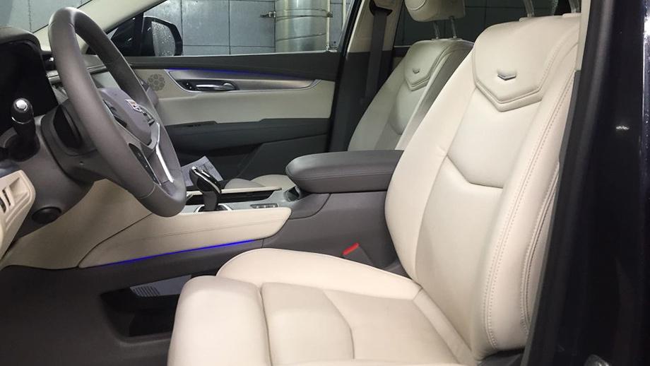 Паркетники Cadillac XT5 вызваны назамену кронштейна